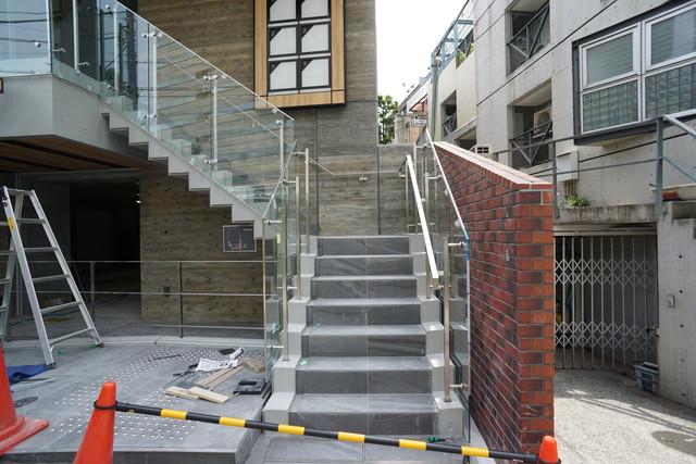2階部分へのアプローチ階段